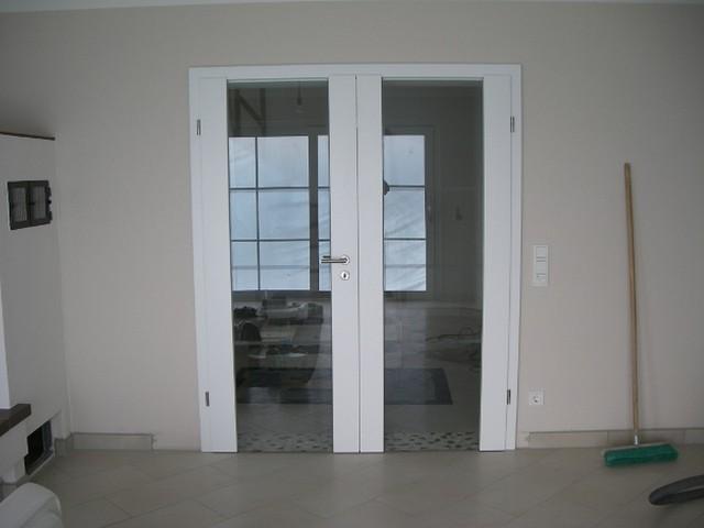 2 flüglige Innentür weiss mit durchgehende Glassstreifen